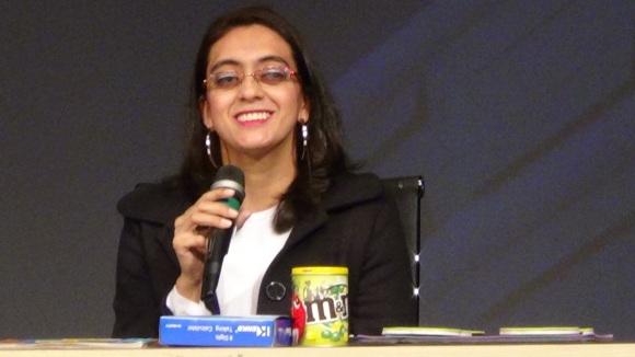 Profª Cinthia Vieira