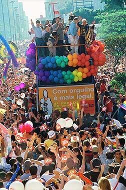 ParadaGayMarcoAnkosqui1